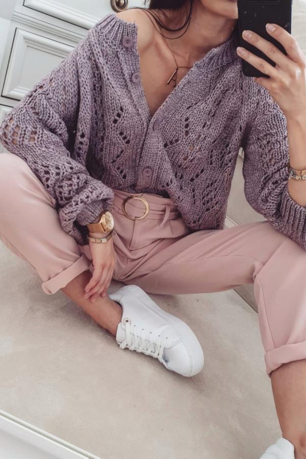 Jesienne swetry – poznaj najpiękniejsze modele